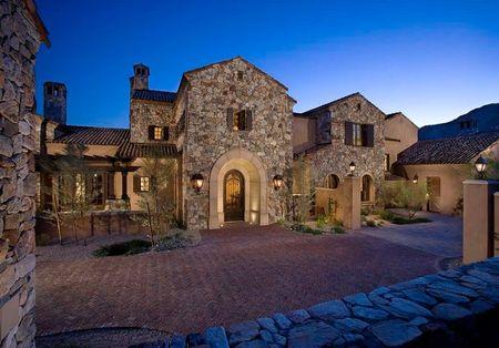 Poze Fatade - O superba casa in stil toscan