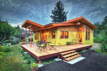 Poze Fatade - O atmosfere incantatoare in aceasta casa mica din lemn