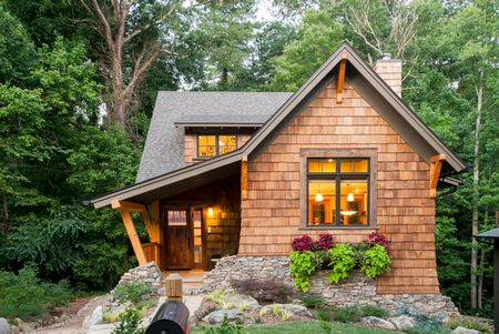Poze Fatade - O casa mica cu un design fermecator