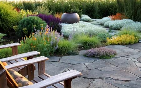 Poze Gradina de flori - Decor specific mediteranean in gradina