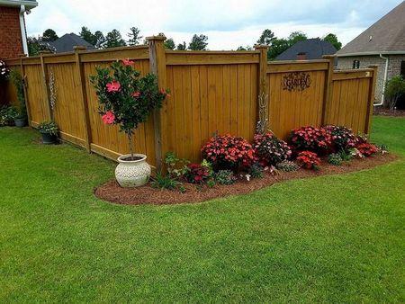 Poze Garduri si porti - gard-clasic-lemn-vertical.jpg