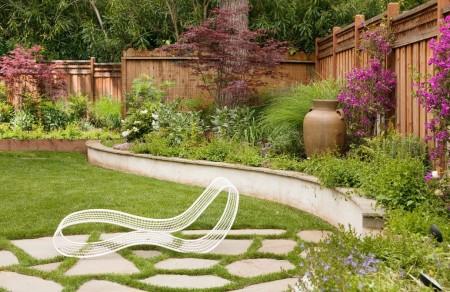 Poze Garduri si porti - Gardul de lemn mereu o solutie interesanta de delimitare a gradinii
