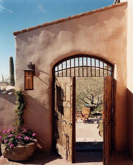 Poze Garduri si porti - gard-poarta-stil-mediteranean.jpg