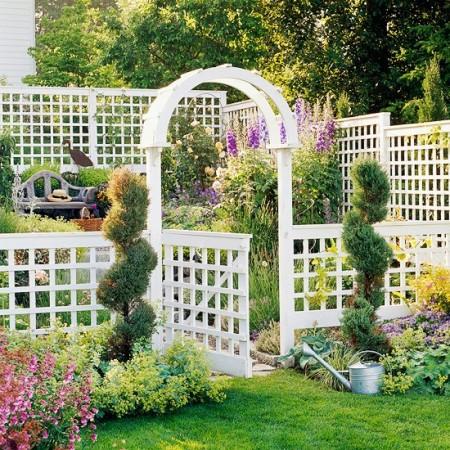 Poze Garduri si porti - Gard si portic decorativ din lemn