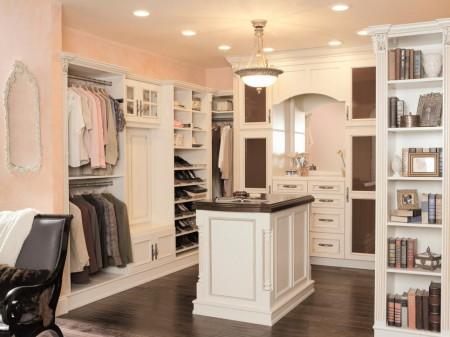 Poze Dressing - Dressing clasic cu mobilier din lemn masiv inzidit