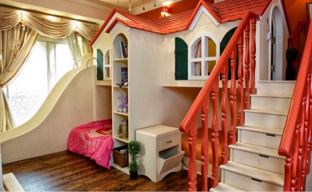 Poze Copii si tineret - Un minunat loc de joaca in camera copiilor