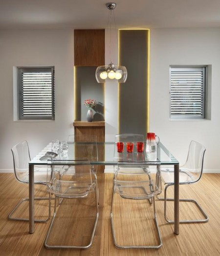 Poze Sufragerie - Inoxul si sticla in locuinta moderna