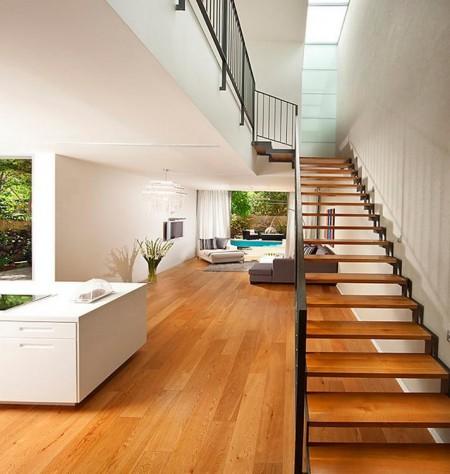 Poze Scari - Scara simpla, moderna, cu trepte din lemn masiv pe schelet metalic