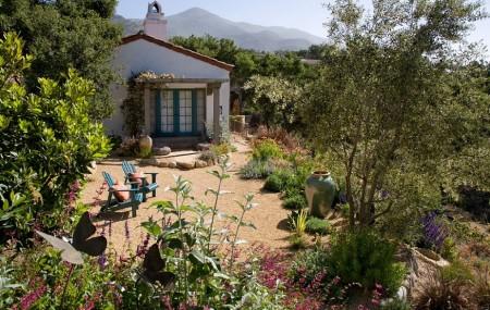 Poze Gradina de flori - Farmecul gradinii mediteraneene