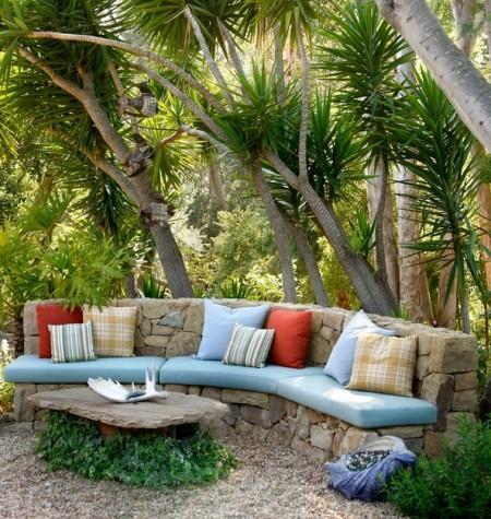 Poze Gradina de flori - Relaxare la umbra in gradina