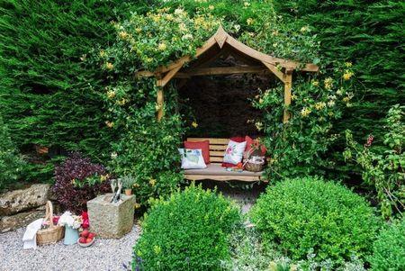 Poze Gradina de flori - Un colt romantic al gradinii