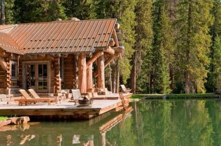 Poze Case lemn - Casa de lemn construita din busteni masivi