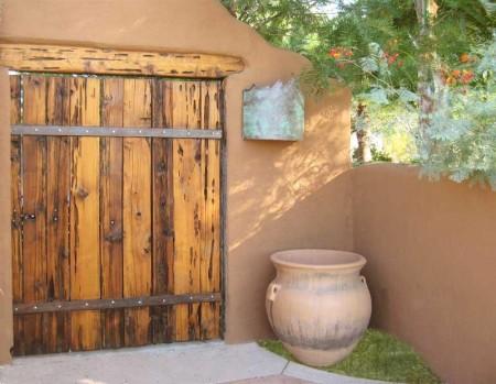 Poze Garduri si porti - Poarta rustica din lemn