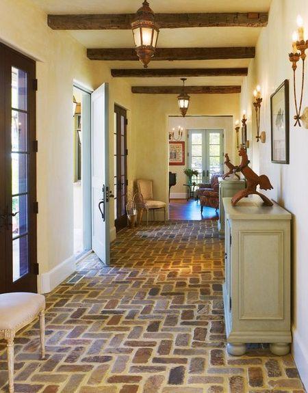 Poze Intrare si hol - hol-casa-traditionala-frantuzeasca.jpg