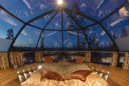 Poze Dormitor - Dormitor intr-un iglu cu peretii din sticla