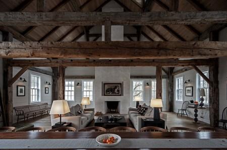 Poze Living - Interior vintage intr-o veche casa din lemn