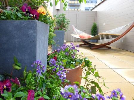 Poze Terasa - Relaxare in hamacul de pe balcon