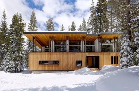 Poze Case lemn - Casa de vacanta moderna din lemn