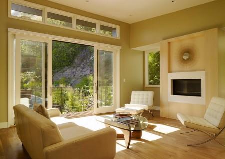 Poze Living - Living minimalist cu o panorama naturala incantatoare