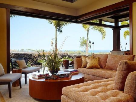 Poze Living - Un living confortabil cu o larga deschidere spre terasa