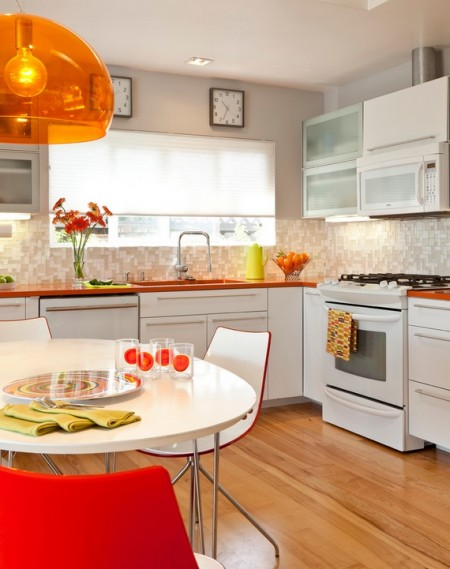 Poze Bucatarie - Accente de culoare in bucataria moderna