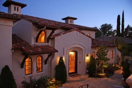 Poze Fatade - Casa in stil mediteranean, cu tipica tigla romana