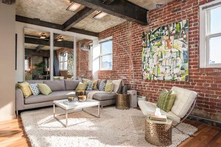 Poze Living - Living modern cu accente industriale