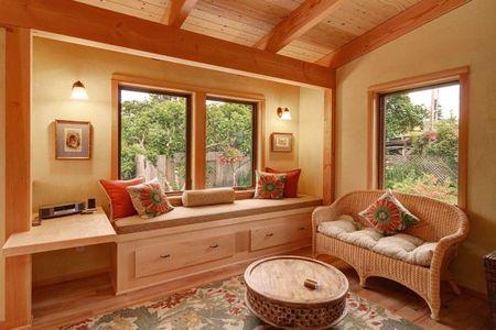 Poze Living - living-casa-mica-lemn-3.jpg