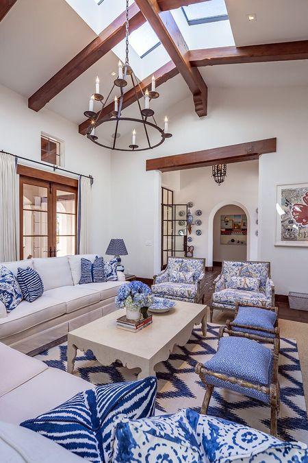 Poze Living - living-casa-stil-mediteranean-spaniol-2.jpg