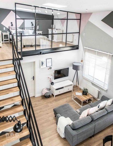 Poze Living - Living modern intr-un apartament in care, profitandu-se de inaltime, s-au obtinut doua dormitoare suprapuse