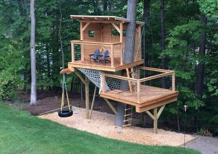 Poze Locuri de joaca - Loc de joaca pentru copii construit sub forma unui foisor etajat