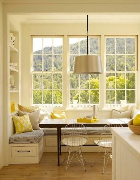 Poze Bucatarie - Un colt intim si confortabil pentru luat masa in bucatarie