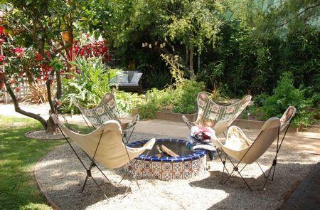 Poze Terasa - loc-relaxare-foc-ceramica-pictata.jpg