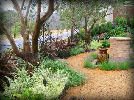 Poze Gradina de flori - Fantana ornamentala