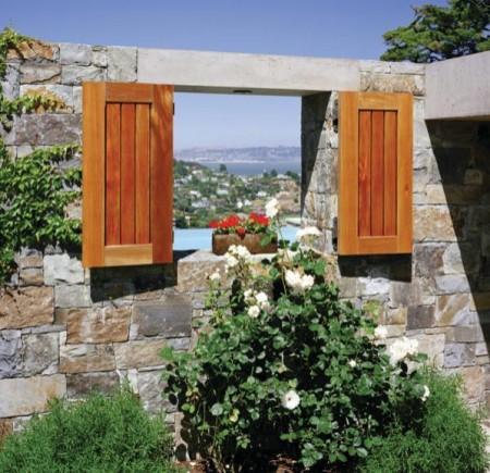 Poze Garduri si porti - Fereastra din gard, un detaliu decorativ inedit
