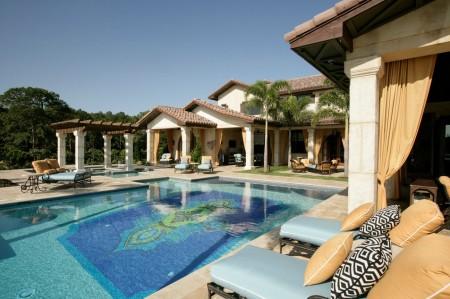 Poze Piscina - Mozaic pentru o piscina unica