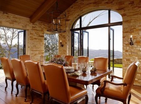 Poze Sufragerie - Lemnul, piatra sau fierul forjat, nelipsite dintr-un decor mediteranean