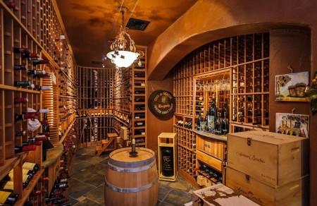 Poze Crama si pivnita - Pivnita cu vinuri