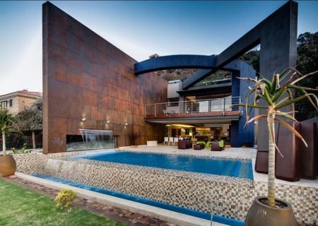 Poze Fatade - Fatada casa moderna placata cu panouri din cupru