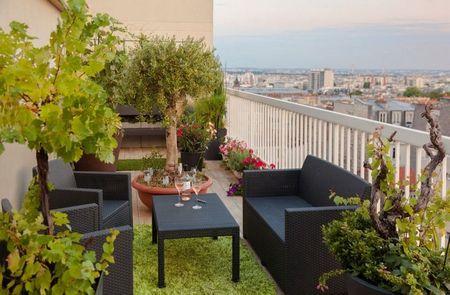 Poze Balcon - Si balconul tau poate deveni o oaza de verdeata si relaxare!