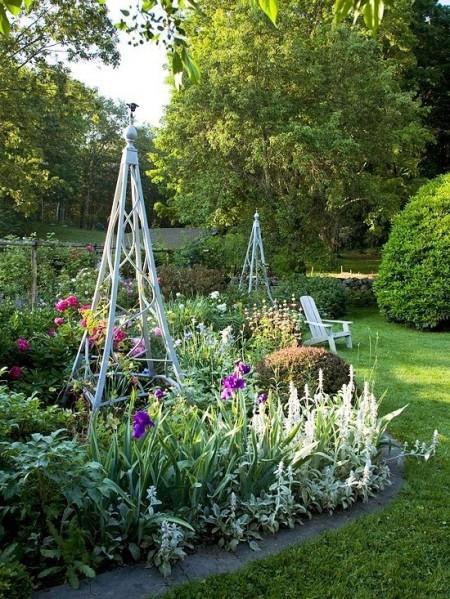 Poze Gradina de flori - Obelisc metalic ornamental pentru gradina