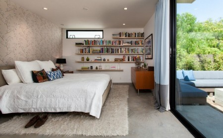 Poze Dormitor - Decorul auster compensat de terasa si gradina
