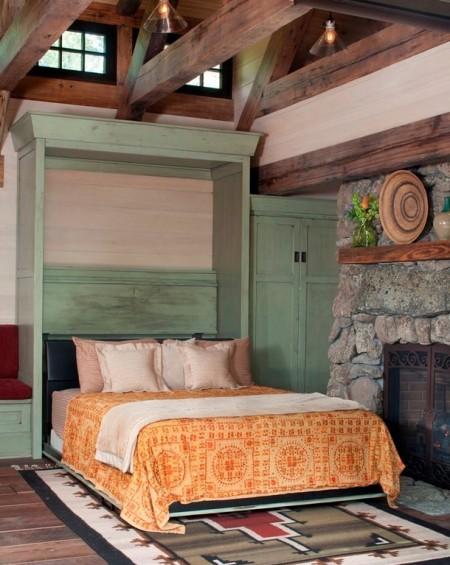 Poze Dormitor - Patul rabatabil transforma livingul unei mici case de vacanta intr-un dormitor confortabil