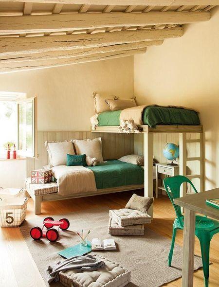Poze Copii si tineret - Verde si crem intr-o camera de copii cu paturi etajate