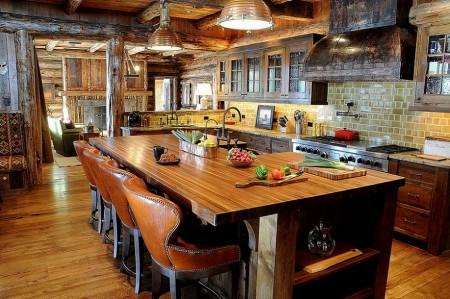 Poze Bucatarie - Bucataria rustica a unei cabane din lemn
