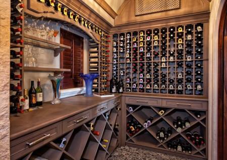 Poze Crama si pivnita - O pivnita de vinuri eleganta si foarte bine organizata