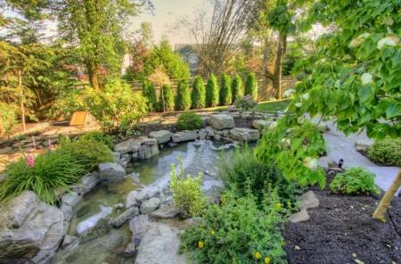 Poze Cascada si iaz - Iaz de gradina decorat cu piatra