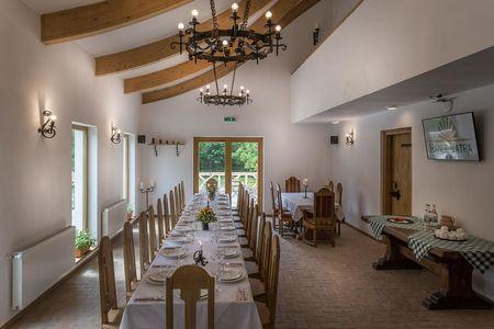 Poze Sufragerie - restaurant-hanul-vatra.jpg