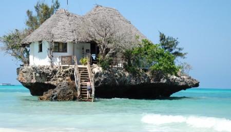 Poze Constructii celebre - Restaurantul The Rock, o emblema a insulei tanzaniene Zanzibar