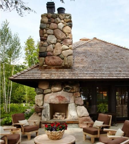 Poze Seminee, gratare gradina - Semineu exterior rustic din piatra masiva